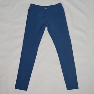 Beyond Yoga Pants - Beyond Yoga midrise leggings size M
